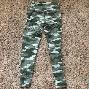 Aerie camo 7/8 high rise leggings